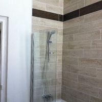 Salle de bain, baignoire, douche
